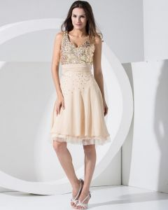 Stylish Chiffon Lace V Collar Back Zipper Sequins Knee Length Sleeveless Pleated Cocktail Dress