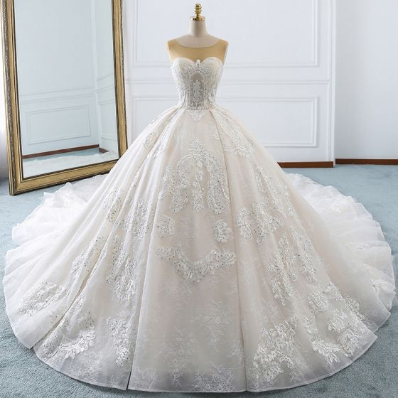Luxury Gorgeous Ivory Wedding Dresses 2018 Ball Gown Lace