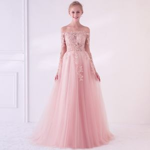 Elegant Pearl Pink See-through Prom Dresses 2018 A-Line / Princess Off-The-Shoulder Long Sleeve Appliques Lace Pearl Sweep Train Ruffle Backless Formal Dresses