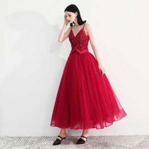 Modern / Fashion Red Prom Dresses 2018 A-Line / Princess Spaghetti Straps Sleeveless Beading Ankle Length Ruffle Backless Formal Dresses