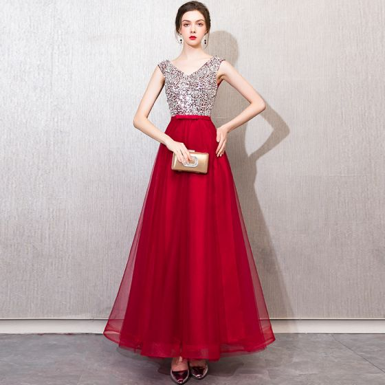 Chic / Beautiful Burgundy Evening Dresses  2019 A-Line / Princess Beading Sequins Bow V-Neck Backless Sleeveless Floor-Length / Long Formal Dresses