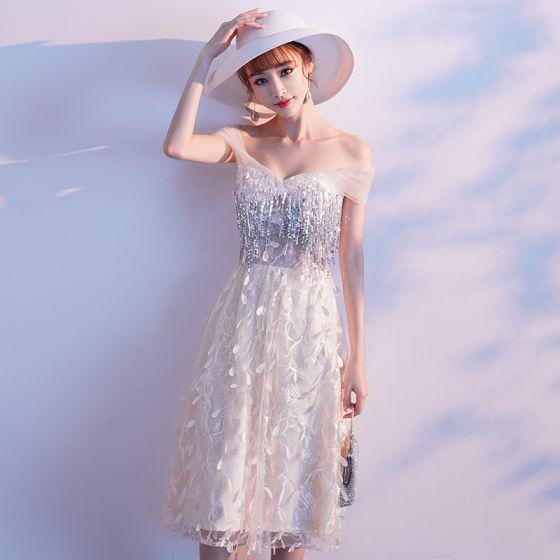 Charming Champagne Evening Dresses  2019 A-Line / Princess Off-The-Shoulder Appliques Lace Flower Sequins Tassel Sleeveless Backless Tea-length Formal Dresses