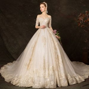 Eleganta Champagne Bröllopsklänningar 2019 Balklänning Av Axeln 1/2 ärm Halterneck Appliqués Spets Beading Glittriga / Glitter Tyll Cathedral Train Ruffle