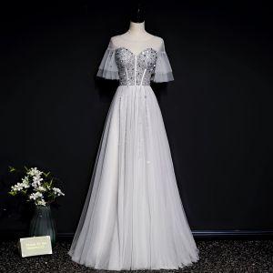 Chic / Belle Gris Transparentes Robe De Soirée 2020 Princesse Encolure Dégagée Manches de cloche Paillettes Perlage Longue Volants Dos Nu Robe De Ceremonie