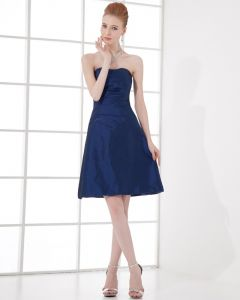 Fashion Taffeta Pleated Sweetheart Thigh Length Bridesmaid Dress