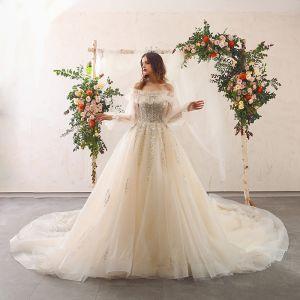 Uroczy Szampan Suknie Ślubne 2020 Princessa Bez Ramiączek Frezowanie Cekiny Z Koronki Kwiat Bez Pleców Wzburzyć Długie Rękawy Trenem Katedra