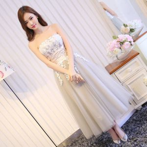 Sexy Grey Graduation Dresses 2017 A-Line / Princess Lace Flower Strapless Backless Short Sleeveless Formal Dresses