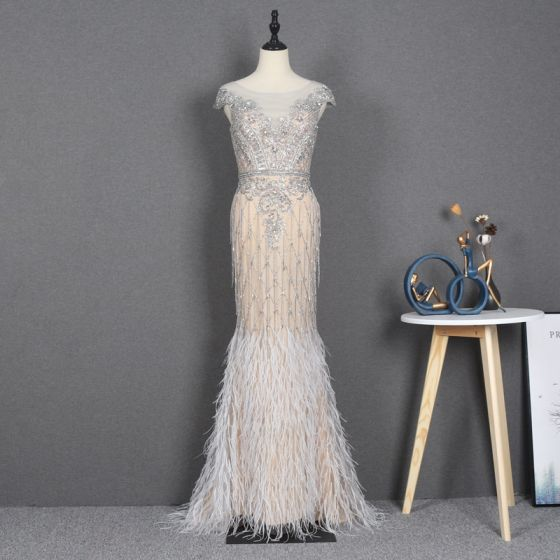 Illusion Champagne See-through Red Carpet Evening Dresses  2020 Trumpet / Mermaid Scoop Neck Sleeveless Beading Rhinestone Feather Sweep Train Ruffle Formal Dresses