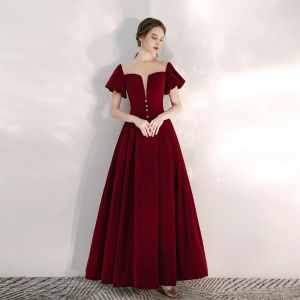 Elegant Burgundy Prom Dresses 2020 A-Line / Princess Suede Scoop Neck Short Sleeve Backless Floor-Length / Long Formal Dresses