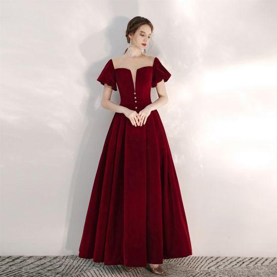 Elegant Burgundy Prom Dresses 2020 A-Line / Princess Suede Scoop Neck Short Sleeve Backless Floor-Length / Long Formal Dresses