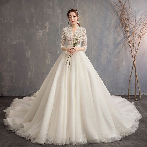 Style Chinois Ivoire Robe De Mariée 2019 Princesse V-Cou 3/4 Manches Fait main Perlage Glitter Tulle Cathedral Train Volants