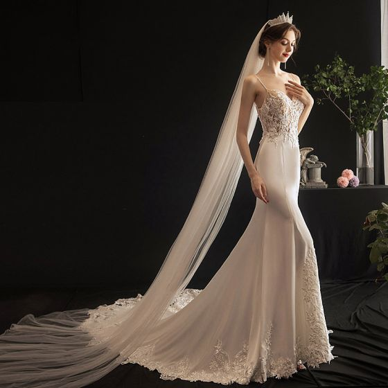 Sexy Ivory Light Bridal Wedding Dresses 2020 Trumpet / Mermaid Spaghetti Straps Sleeveless Backless Appliques Lace Beading Chapel Train Ruffle