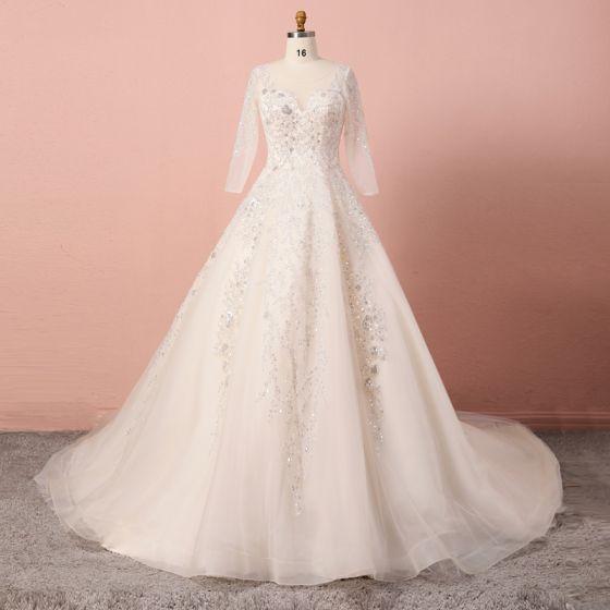 Luxus / Herrlich Champagner Übergröße Brautkleider / Hochzeitskleider 2020 A Linie V-Ausschnitt Perlenstickerei Pailletten Handgefertigt Tülle Lange Ärmel Kathedrale Schleppe Hochzeit