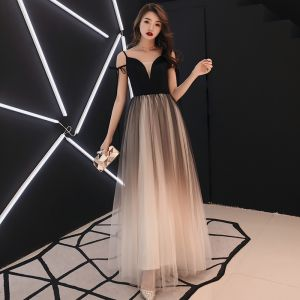 Affordable Black Gradient-Color Ivory Prom Dresses 2019 A-Line / Princess V-Neck Sleeveless Floor-Length / Long Ruffle Backless Formal Dresses