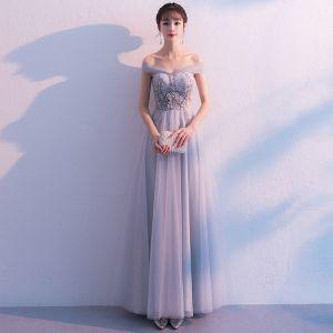 Elegante Grau Ballkleider 2019 A Linie Off Shoulder Spitze Blumen Perle Rückenfreies Schleife Ärmellos Lange Festliche Kleider