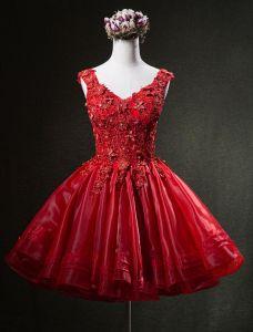Magníficos Vestidos De Fiesta De Color Rojo 2016 De Encaje Apliques V-cuello Corto Organza Vestido De Coctail