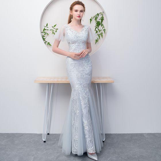 Piękne Szary Sukienki Wieczorowe 2018 Suknia Balowa Frezowanie Z Koronki Kwiat V-Szyja Kótkie Rękawy Długie Sukienki Wizytowe