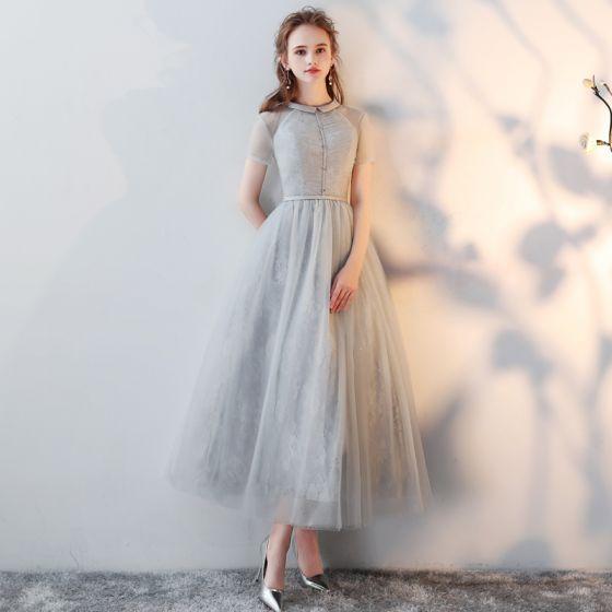 Chic / Beautiful Grey Homecoming Graduation Dresses 2018 A-Line / Princess Scoop Neck Short Sleeve Tea-length Formal Dresses