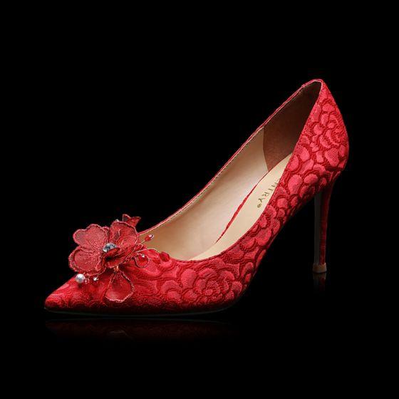 Style Chinois Rouge En Dentelle Fleur Chaussure De Mariée 2021 Cuir Faux Diamant 9 cm Talons Aiguilles À Bout Pointu Mariage Escarpins Talons Hauts