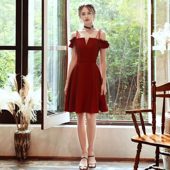 Affordable Red Homecoming Graduation Dresses 2020 A-Line / Princess Off-The-Shoulder Spaghetti Straps Short Sleeve Backless Short Formal Dresses
