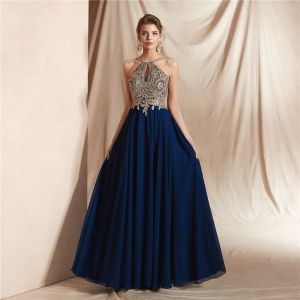 Elegant Navy Blue Chiffon See-through Dancing Prom Dresses 2020 A-Line / Princess Halter Sleeveless Appliques Lace Beading Floor-Length / Long Backless Formal Dresses