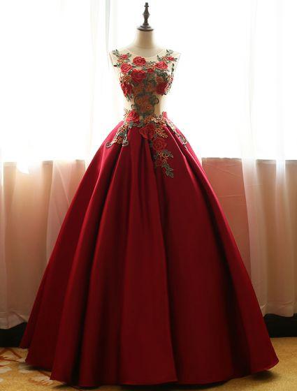 Chinese Style Prom Dresses 2016 Vintage Sleeveless Applique Lace Flowers Ruffle Burgundy Satin Dress