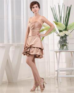 Encolure D'amoureux De La Cuisse Longueur Sans Manches En Taffetas Plisse Femme Petite Robe Noire