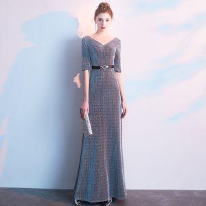 Elegante Grau Abendkleider 2019 Empire V-Ausschnitt Glanz Polyester Stoffgürtel 1/2 Ärmel Rückenfreies Lange Festliche Kleider