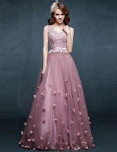 2015 Shoulders V-neck Embroidered Flowers Evening Dress Prom Dress