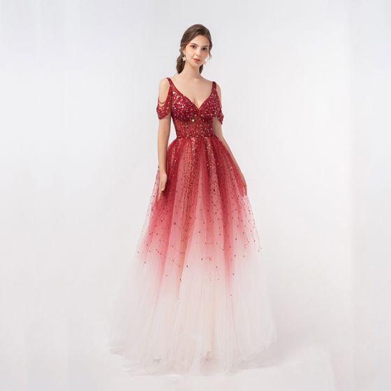 Luxus Rød Gradient Farve Dancing Gallakjoler 2020 Prinsesse Dyb v-hals Kort Ærme Beading Pailletter Lange Flæse Halterneck Kjoler