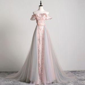 Uroczy Rumieniąc Różowy Sukienki Wieczorowe 2019 Princessa Przy Ramieniu Aplikacje Z Koronki Kwiat Szarfa Kótkie Rękawy Bez Pleców Trenem Sąd Sukienki Wizytowe