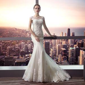 Piękne Białe Suknie Ślubne 2017 Syrena / Rozkloszowane Koronkowe U-Szyja Bez Pleców Kryształ Rhinestone Ślub