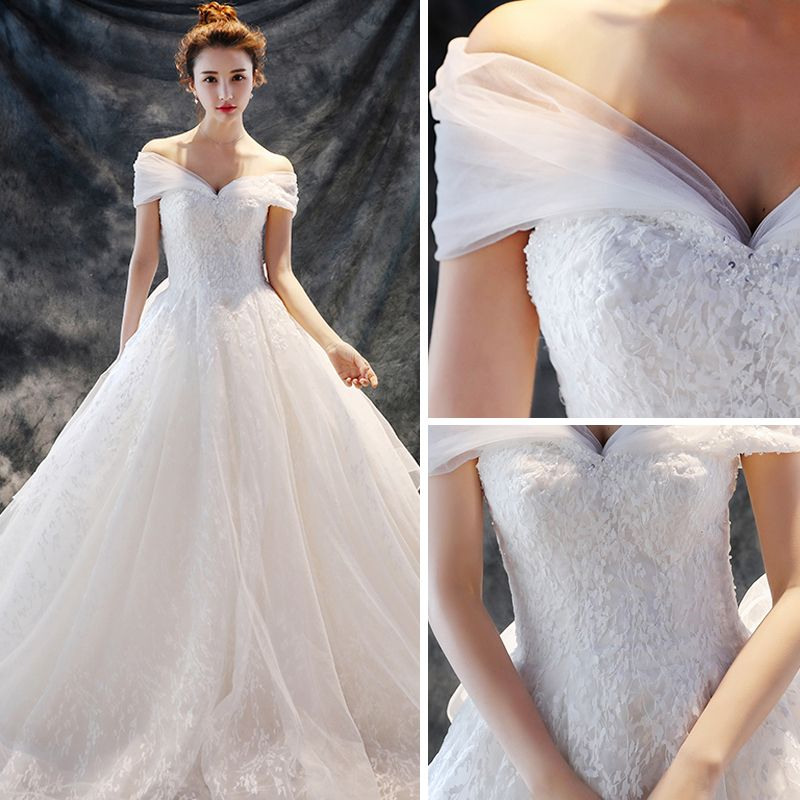 Chic / Beautiful Church Wedding Dresses 2017 White A-Line / Princess Chapel Train Off-The-Shoulder Short Sleeve Backless Beading Lace Appliques