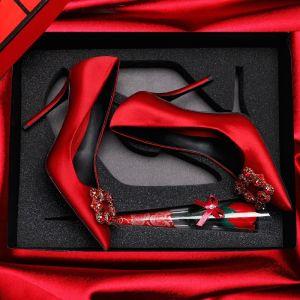 Mooie / Prachtige Rode Huwelijk 2018 Satijn Leer Kralen Rhinestone Kristal Feest Avond Damesschoenen
