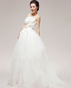 Pretty Applique Beading Strapless Satin Ball Gown Wedding Dress
