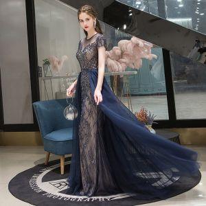 Schöne Marineblau Abendkleider 2020 A Linie Rundhalsausschnitt Kristall Kurze Ärmel Rückenfreies Lange Festliche Kleider