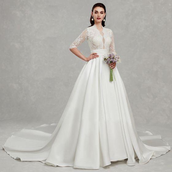 Amazing / Unique Best Ivory Plus Size Wedding Dresses 2020 A-Line / Princess Deep V-Neck 1/2 Sleeves Appliques Backless Beading Sequins Chapel Train Wedding