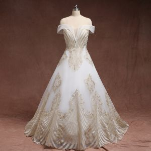 Amazing / Unique Gold White Plus Size Wedding Dresses 2019 A-Line / Princess Lace Charmeuse Strapless Appliques Backless Beading Handmade  Court Train Wedding