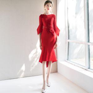 Elegante Rot Abendkleider 2018 Meerjungfrau Rundhalsausschnitt 3/4 Ärmel Applikationen Spitze Strass Perle Asymmetrisch Rüschen Festliche Kleider
