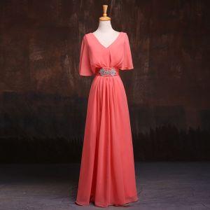 Simple Watermelon Rouge Robe Demoiselle D'honneur 2017 V-Cou Manches Courtes Perlage Faux Diamant Ceinture Longue Volants Chiffon Robe Pour Mariage