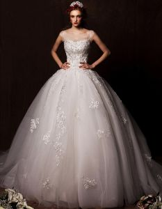 2015 Ball Gown Shoulders Scoop Neck Cathedral Train Embroidered Lace Flowers Organza Wedding Dress
