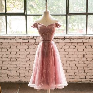 Lovely Pearl Pink Homecoming Graduation Dresses 2018 A-Line / Princess Off-The-Shoulder Backless Sleeveless Knee-Length Formal Dresses