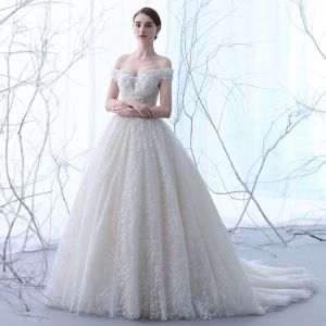 Elegant Champagne Wedding Dresses 2018 Ball Gown Off-The-Shoulder Short Sleeve Backless Appliques Lace Ruffle Chapel Train