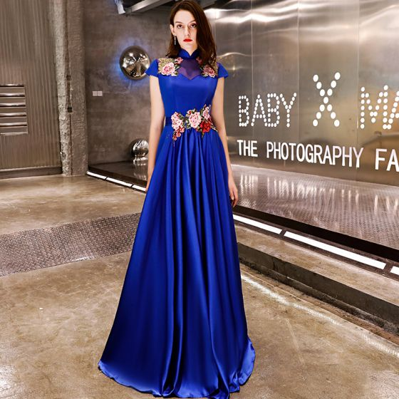 Affordable Chinese style Royal Blue Satin Evening Dresses  2019 A-Line / Princess High Neck Cap Sleeves Appliques Embroidered Floor-Length / Long Ruffle Backless Formal Dresses