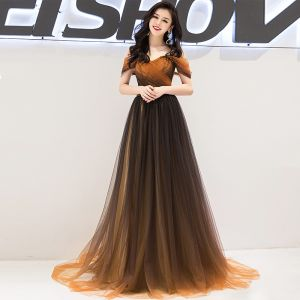 Charming Gradient-Color Prom Dresses 2019 A-Line / Princess Off-The-Shoulder Beading Crystal Short Sleeve Backless Sweep Train Formal Dresses