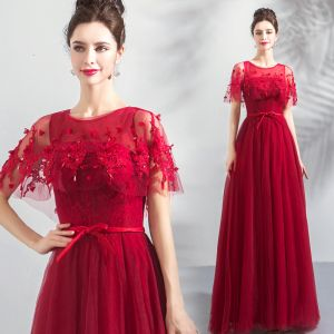 Chic / Beautiful Burgundy Prom Dresses With Shawl 2019 A-Line / Princess Scoop Neck Appliques Lace Beading Sash Floor-Length / Long Ruffle Backless Formal Dresses