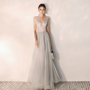 Classy Grey Evening Dresses  2019 A-Line / Princess V-Neck Beading Sleeveless Backless Floor-Length / Long Formal Dresses
