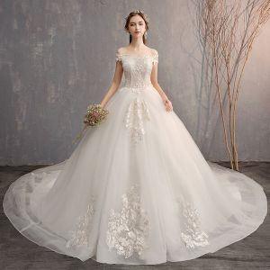 Luxury / Gorgeous White Ball Gown Wedding Dresses 2019 Lace Tulle Appliques Backless Strapless Beading Rhinestone Embroidered Cathedral Train Church Wedding