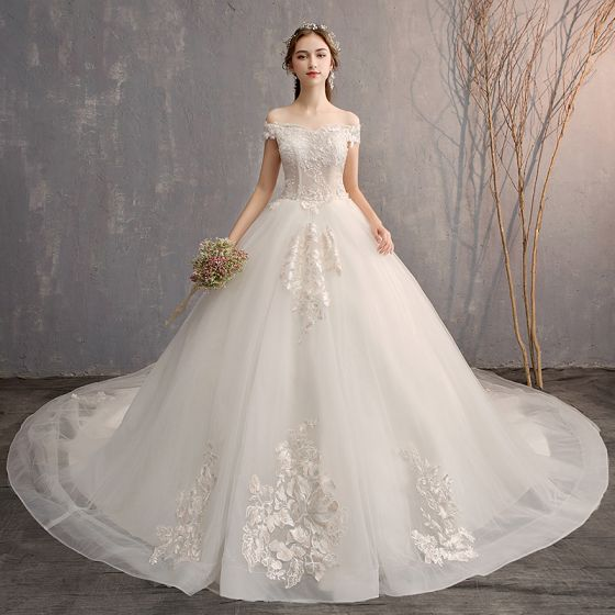 Luxury   Gorgeous White Ball Gown Wedding Dresses 2019 Lace Tulle Appliques  Backless Strapless Beading Rhinestone Embroidered Cathedral Train Church  Wedding 7102cb1d4f7b