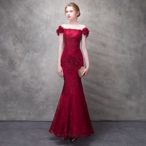 Chic / Beautiful Burgundy Evening Dresses  2017 Trumpet / Mermaid Lace Flower Beading Sequins Artificial Flowers Off-The-Shoulder Backless Sleeveless Ankle Length Formal Dresses
